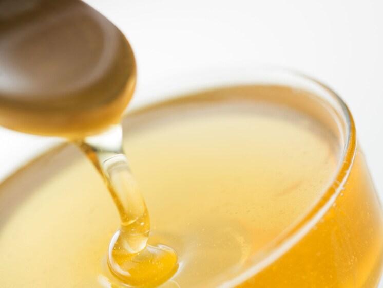 なぜ乳児に蜂蜜を与えてはいけないのか?