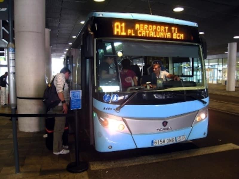 バルセロナ、プラット空港から市内へのアクセス2019