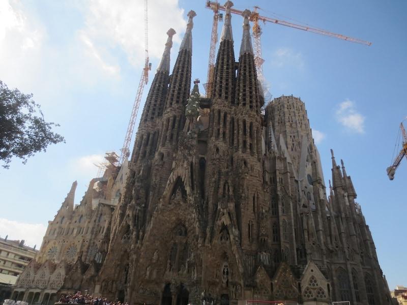 バルセロナのガウディ建築 9作品の見どころ・観光