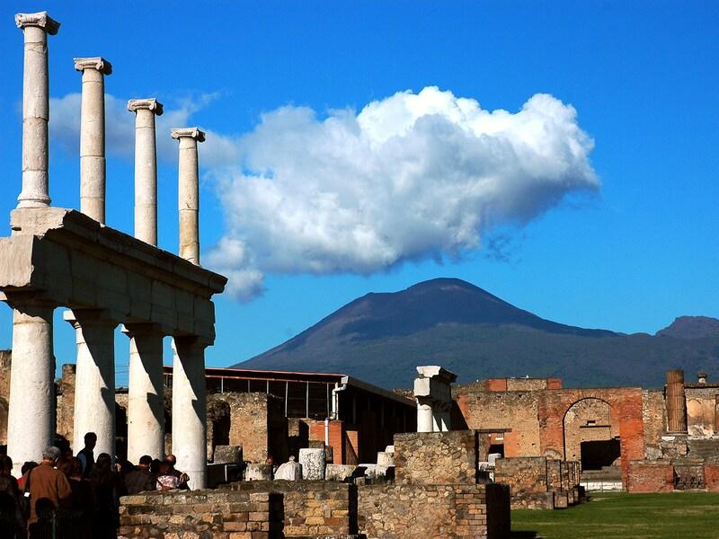 ポンペイ:火山で滅びた幻のローマ都市遺跡/イタリア
