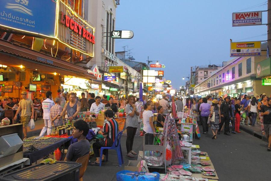 バンコクの人気スーパーマーケットでお土産を買おう!