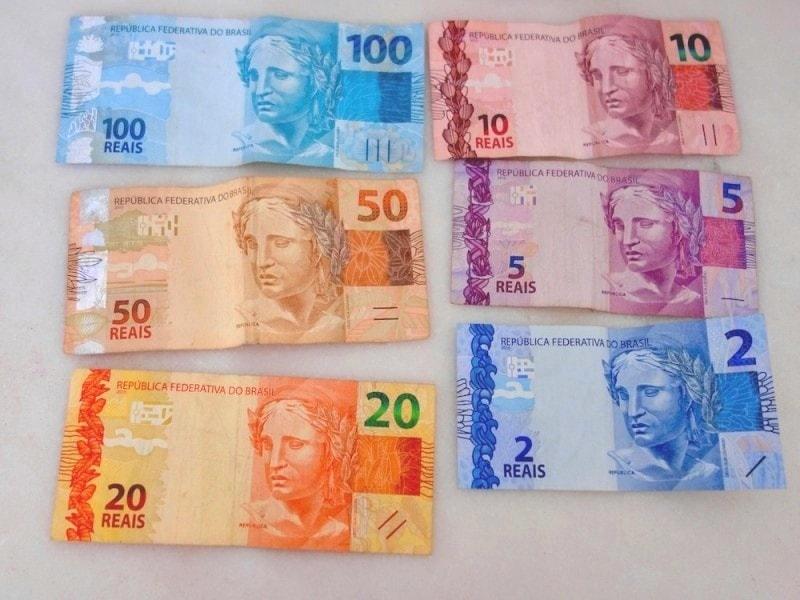ブラジルの通貨は?両替のコツや現金・クレカについて