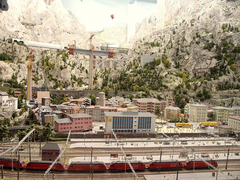 ミニチュアワンダーランド!世界最大・ドイツ鉄道模型館