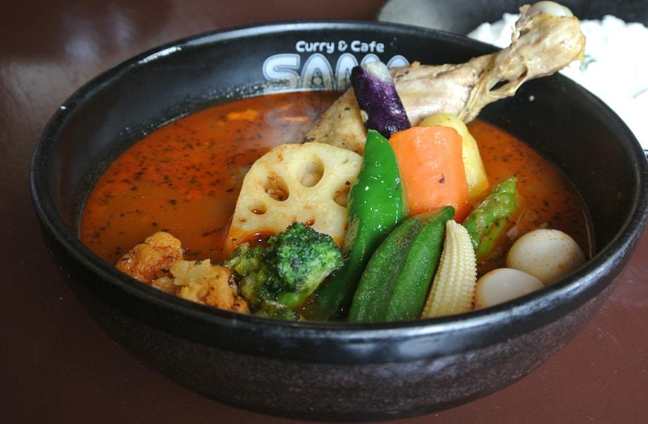 札幌のソウルフード・スープカレーの歴史とおすすめの名店