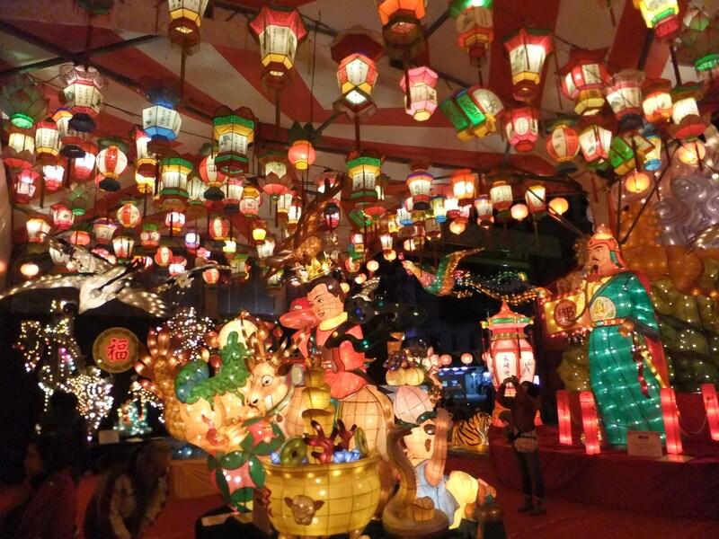 長崎ランタンフェスティバル2018 カラフルな光の芸術