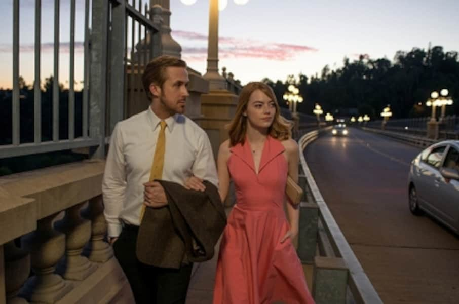 Photo credit: EW0001: Sebastian (Ryan Gosling) and Mia (Emma Stone) in LA LA LAND. Photo courtesy of Lionsgate. (C)2016 Summit Entertainment, LLC. All Rights Reserved.