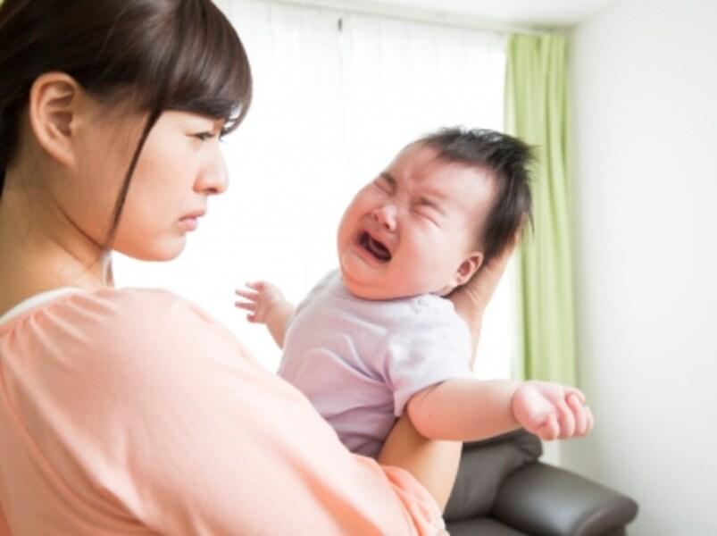 泣き止まない赤ちゃんに頭を悩ませる日常