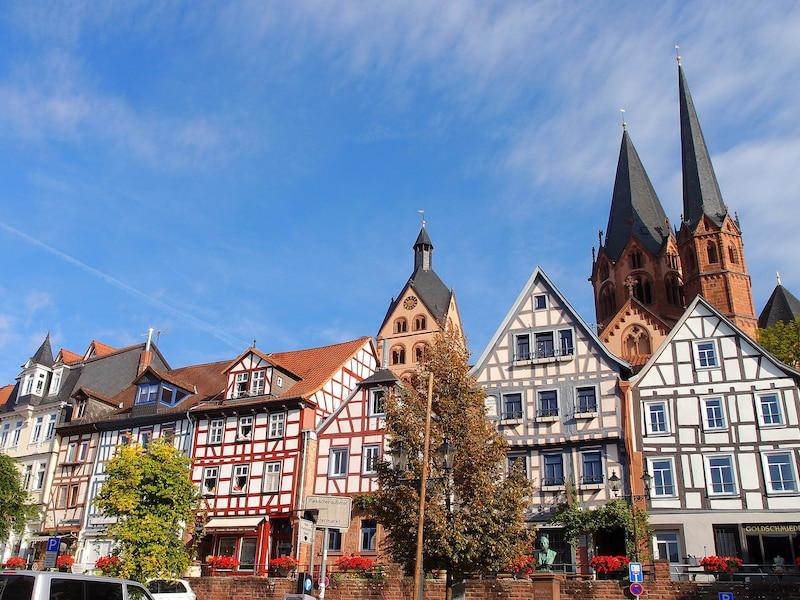 世界遺産とドクメンタの街カッセルとメルヘン街道の街