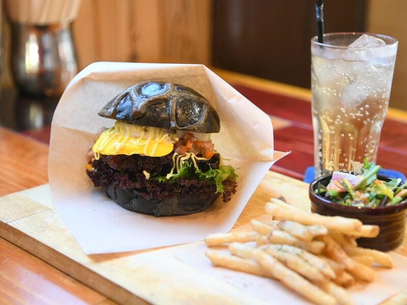 徳島の最新グルメ旅!ご当地名物や海鮮を食べ尽くす