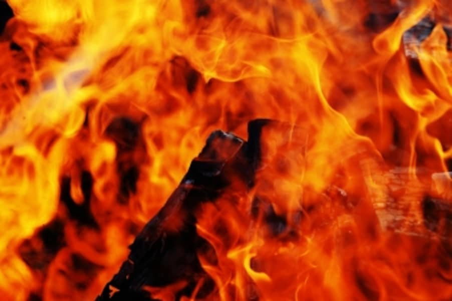 冬場に多くなる火災被害、家庭で防ぐ方法は?