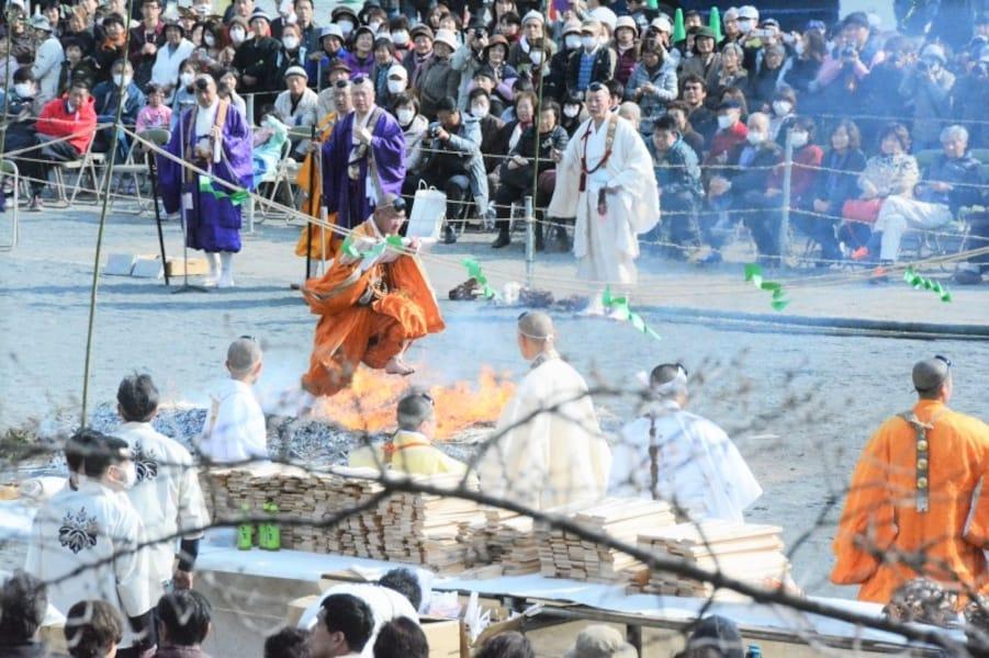 秩父に春を告げる長瀞火祭り 2018年の日程、見どころ