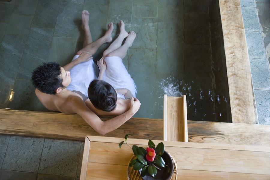 カップル旅行の宿選びは「お風呂」の4か所を見よ!