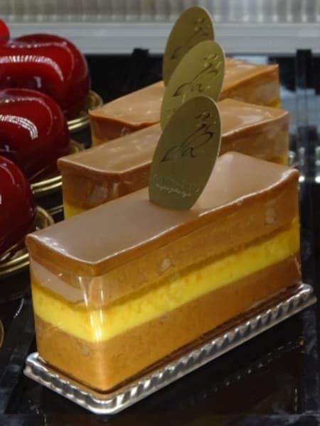 「ラ・リヴィエ・ドゥ・サーブル」の「柚子とアーモンドのマリアージュ」(税別450円)
