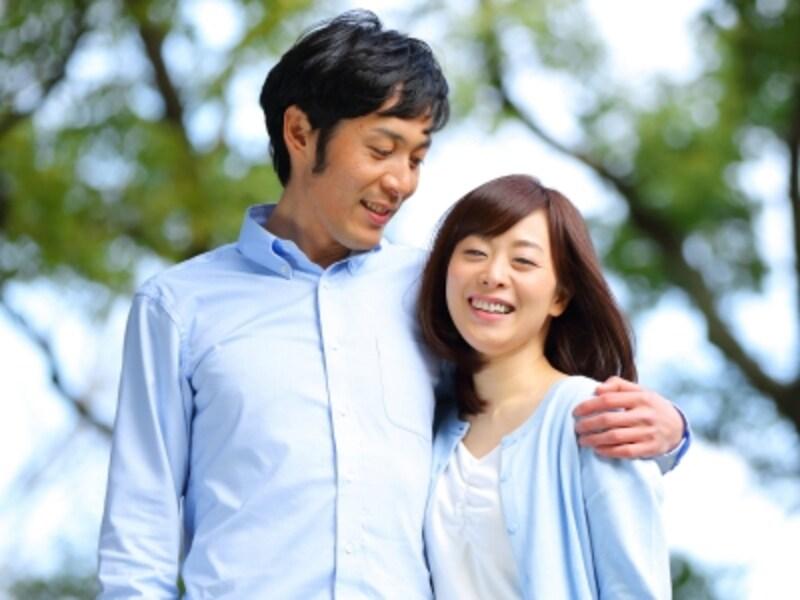 夫婦でありながら、相手の恋愛を許し合う夫婦のカタチも。