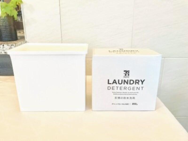 セリアのおすすめ収納グッズ:市販の粉末洗濯洗剤がぴったりと収まるサイズ
