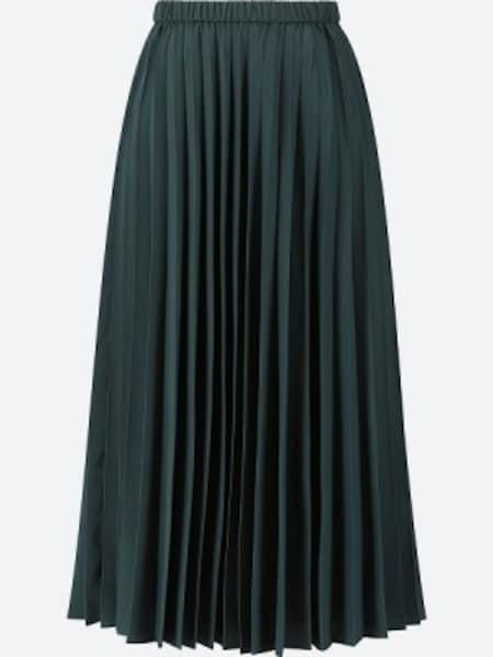 ユニクロ プリーツロングスカート 2990円(税抜)