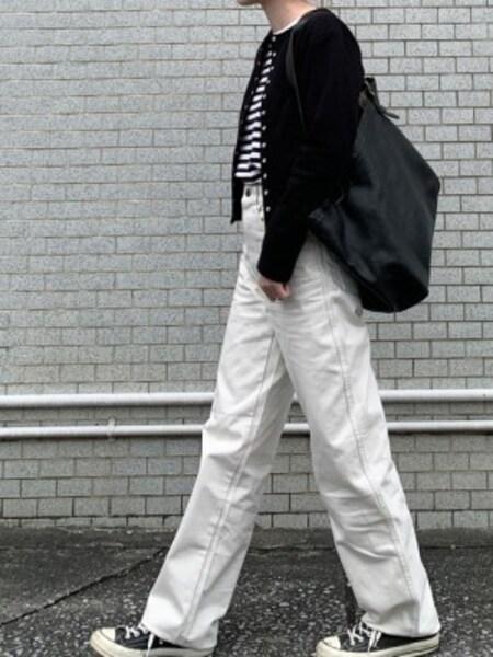 ホワイトデニムで重くなりがちな冬コーデを明るく 出典:WEAR