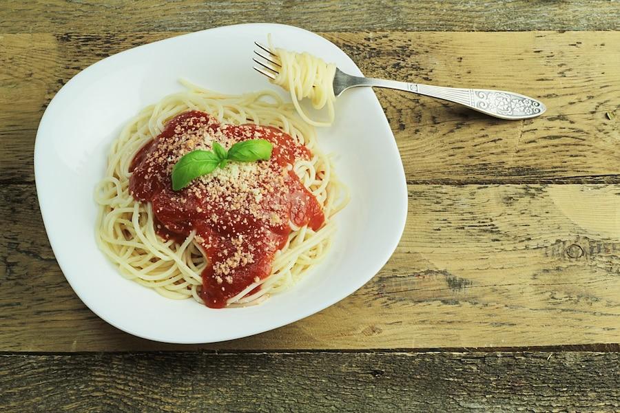 パスタをすするのはNG?イタリアのレストランマナー