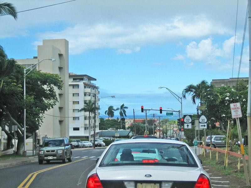 ハワイの交通ルールとマナー、知っておきたい注意点