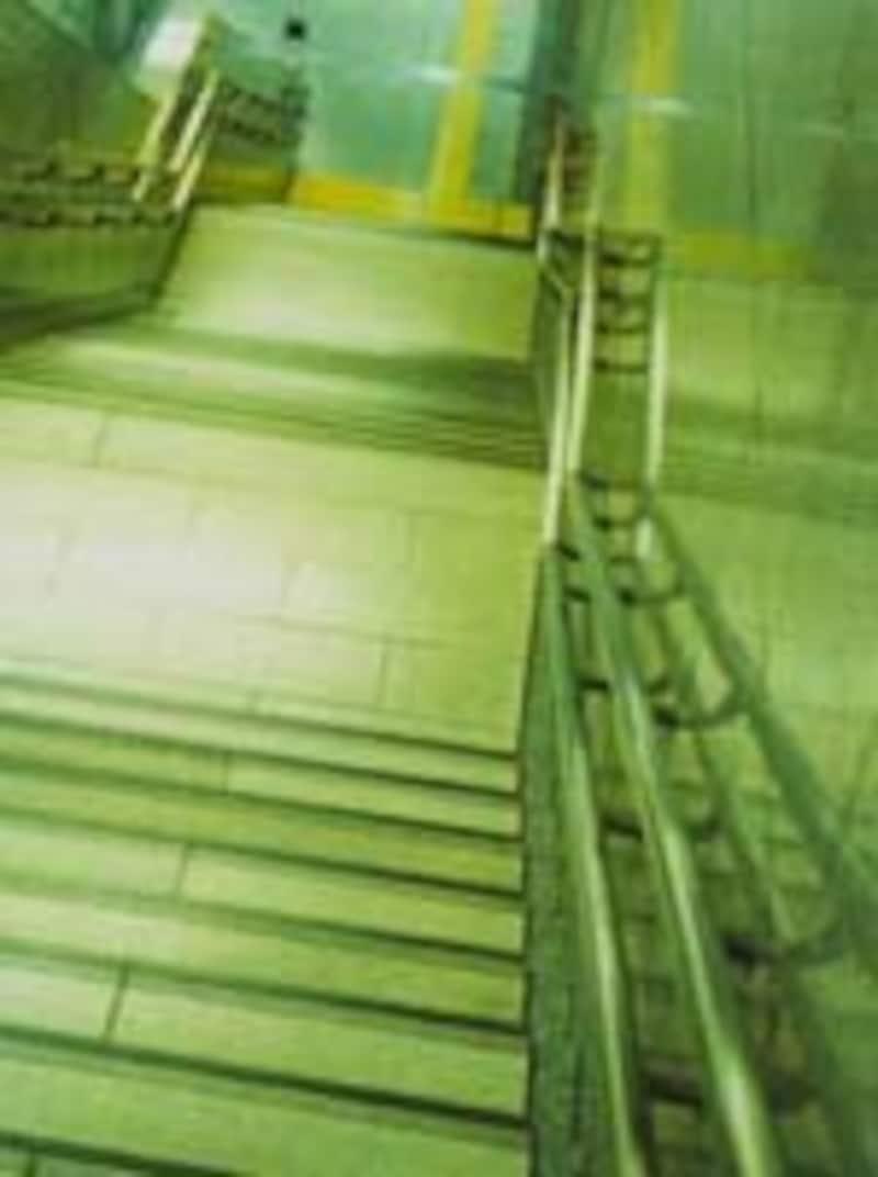 地下街への階段