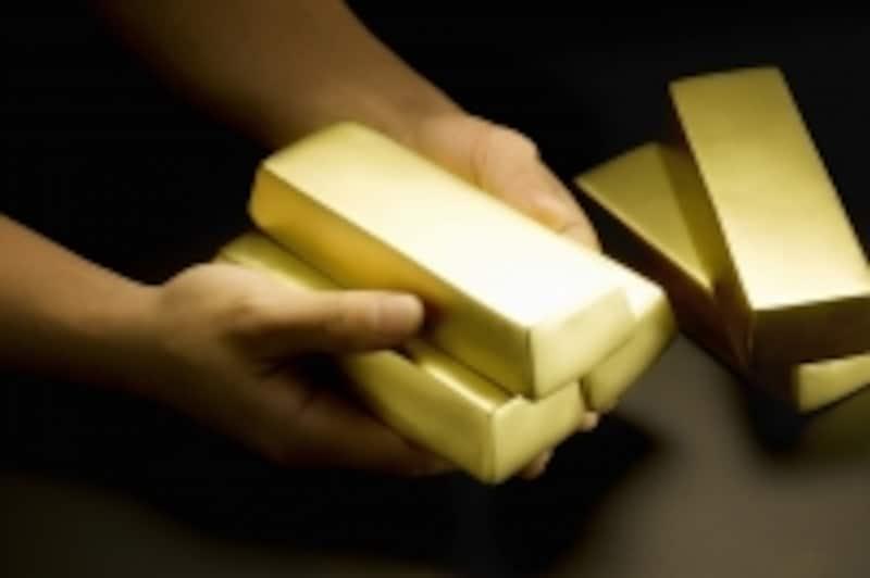 金を長く積み立てれば、こんなに輝く金が自分の物になる!
