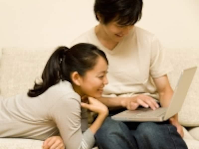 結婚をする前に考えておきたいのが、家計管理の方法。老後までを共に過ごすのだから、お金のことはきっちりと決めておこう