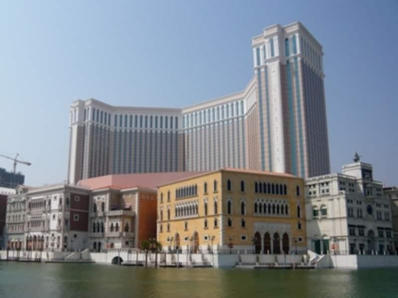 コタイ地区に建つラスベガス型カジノリゾートホテルの象徴「ヴェネチアン・マカオ・リゾート・ホテル」