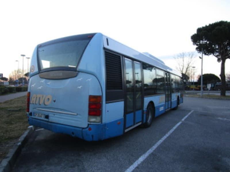空港からベネチア本島のローマ広場を結ぶ直通特急バス