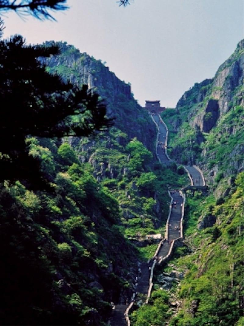 中国の世界遺産「泰山」