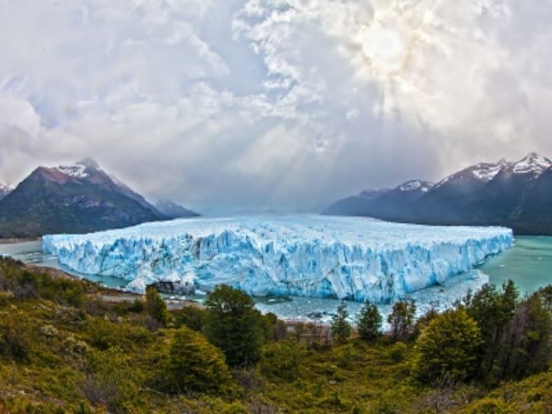 アルゼンチン・パタゴニアの世界遺産「ロス・グラシアレス国立公園」ペリト・モレノ氷河