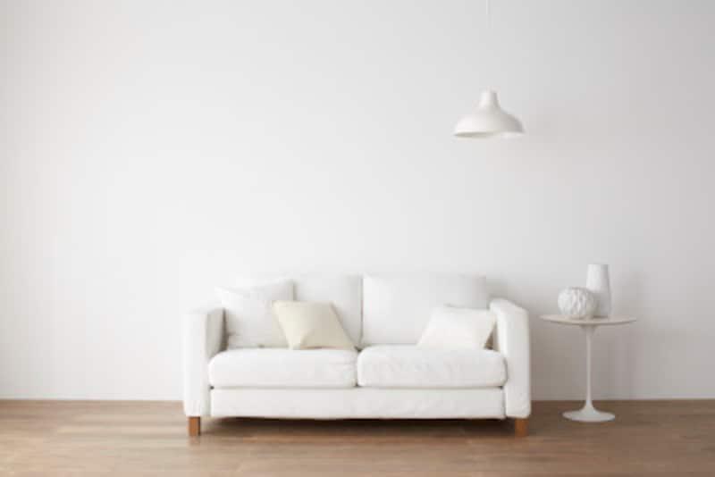 フランジ照明とは?ペンダントライトを天井に取付ける3種類の形状