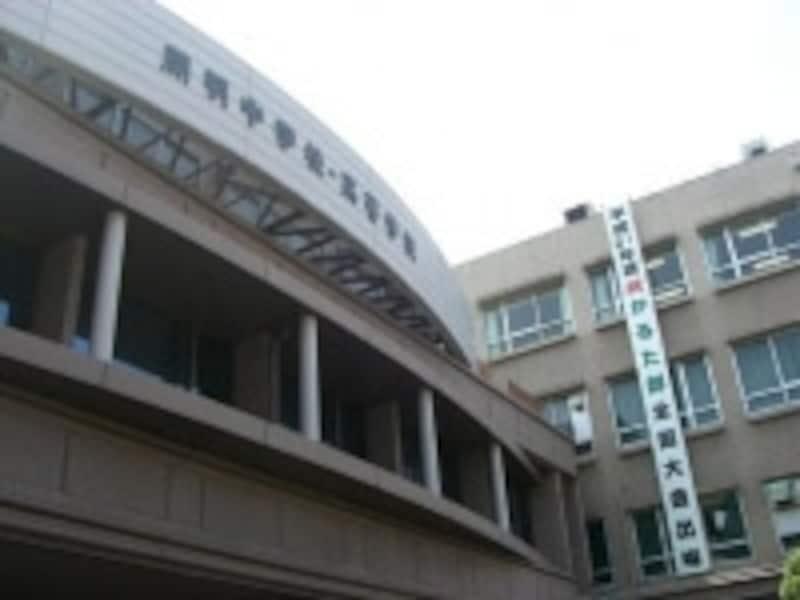 大阪を代表する新進の共学進学校の開明高校。難関大学への合格実績も光る