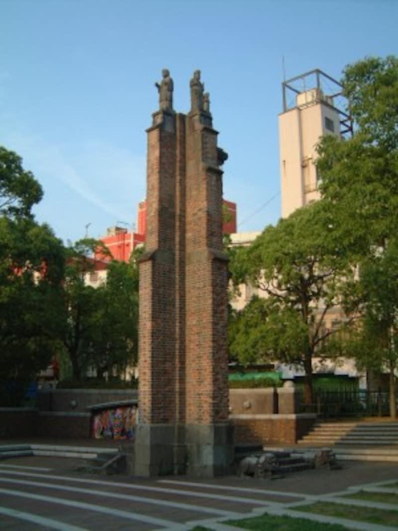 原爆落下中心地に移築された旧浦上天主堂の遺壁