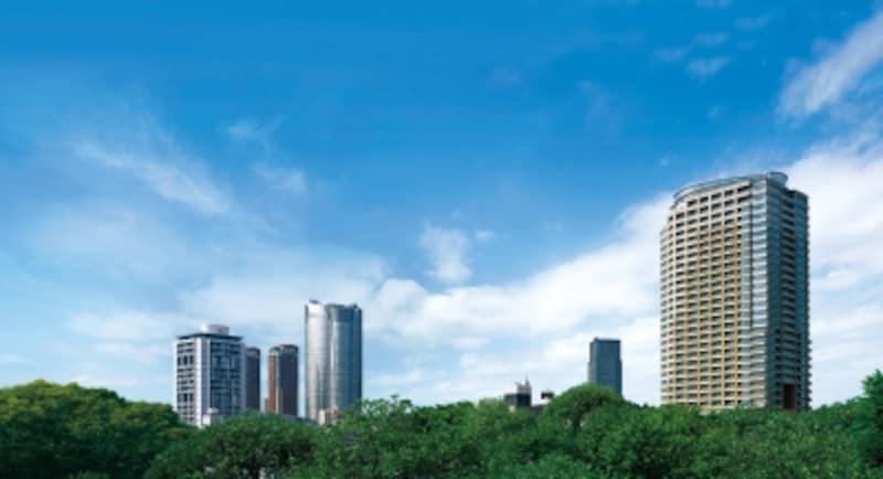 パークコート麻布十番undefinedザundefinedタワーの外観undefined六本木ヒルズなど高層タワーが近隣に建ち並ぶ