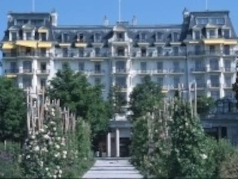 ローザンヌの最高級クラスのホテル「ボーリバージュ・パレス」(C)Beau-RivagePlaceLausanne