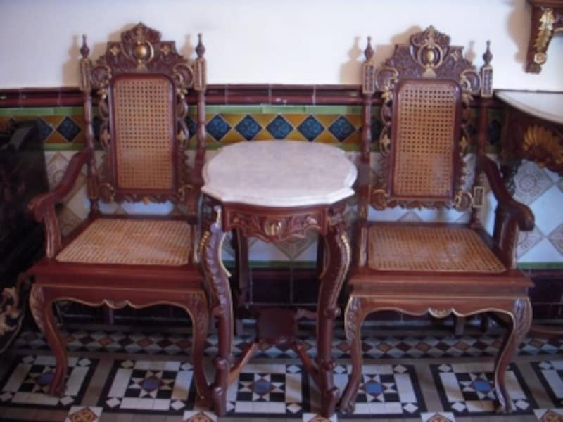 マラッカの独特な文化の1つ、プラナカン。豪華絢爛な装飾がその特徴です