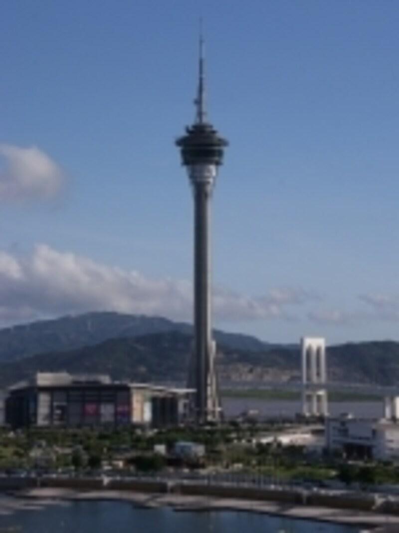 大型レジャーランドという一面も併せ持つマカオタワー