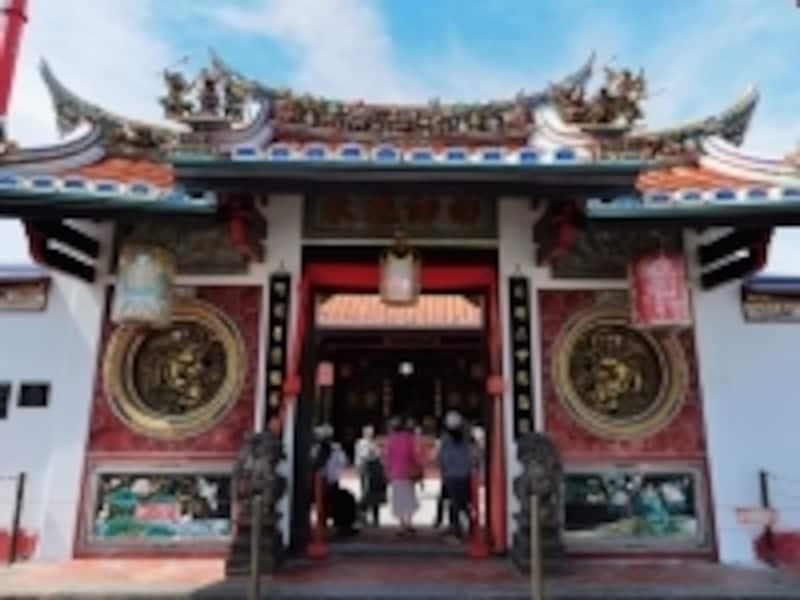 小さな街の中に中国寺院、キリスト教会、モスクが点在するのがマラッカならでは!