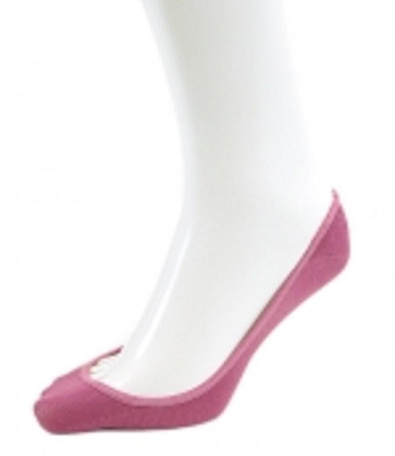 機能的で、靴からはみ出さないデザインも嬉しい