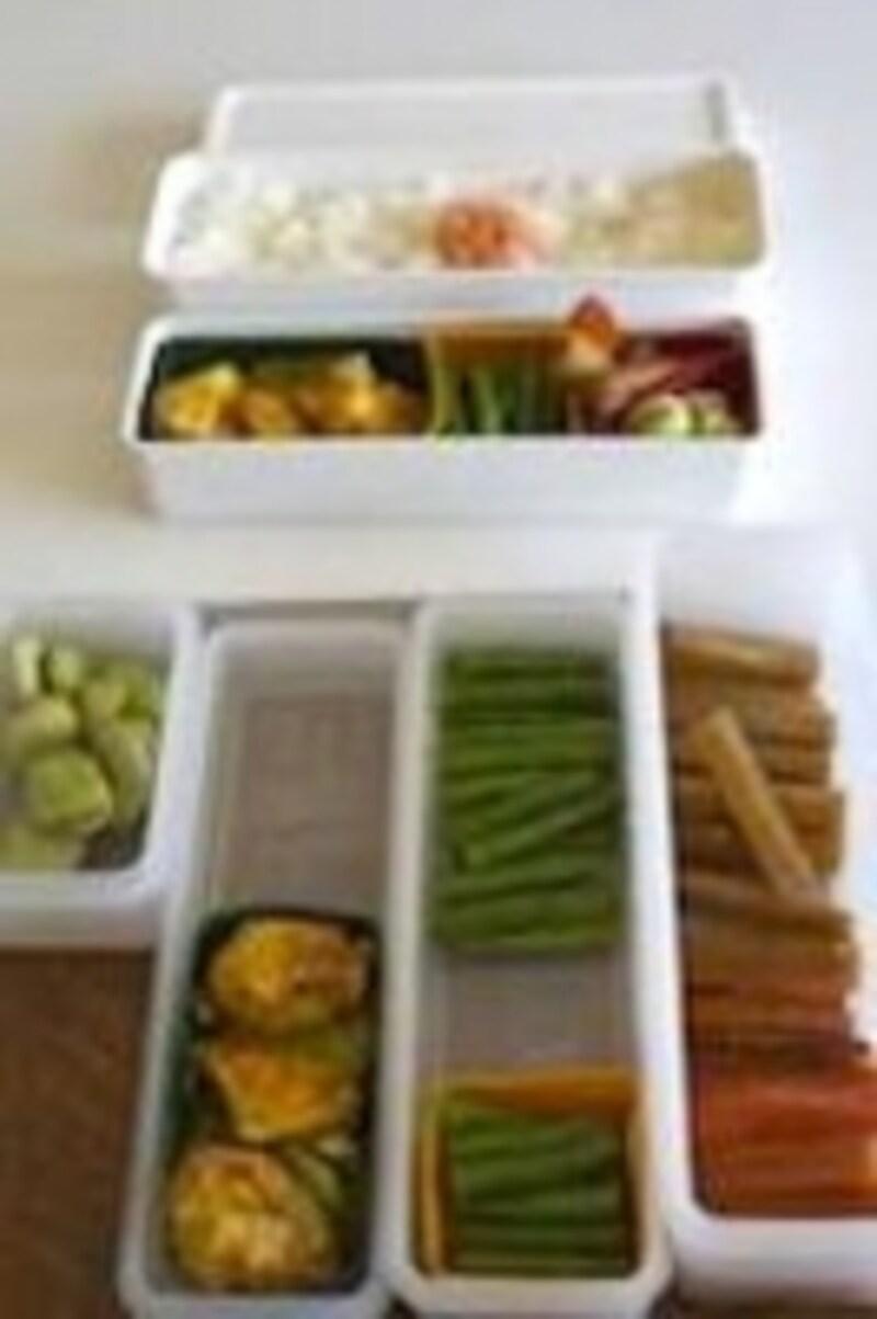 あらかじめシリコンカップに小分けして、お惣菜は保存しておきましょう!