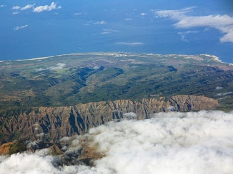 島の誕生は500万年前。今なお原始時代の雰囲気を持っている