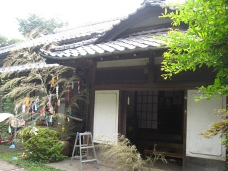 築160年の古民家。初めてなのに、田舎のおばあちゃんの家に来たかのような懐かしさを感じます