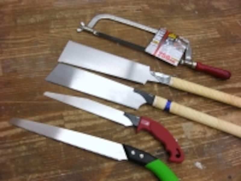 上から金属用、両刃、方刃、パイプソー、竹挽き鋸