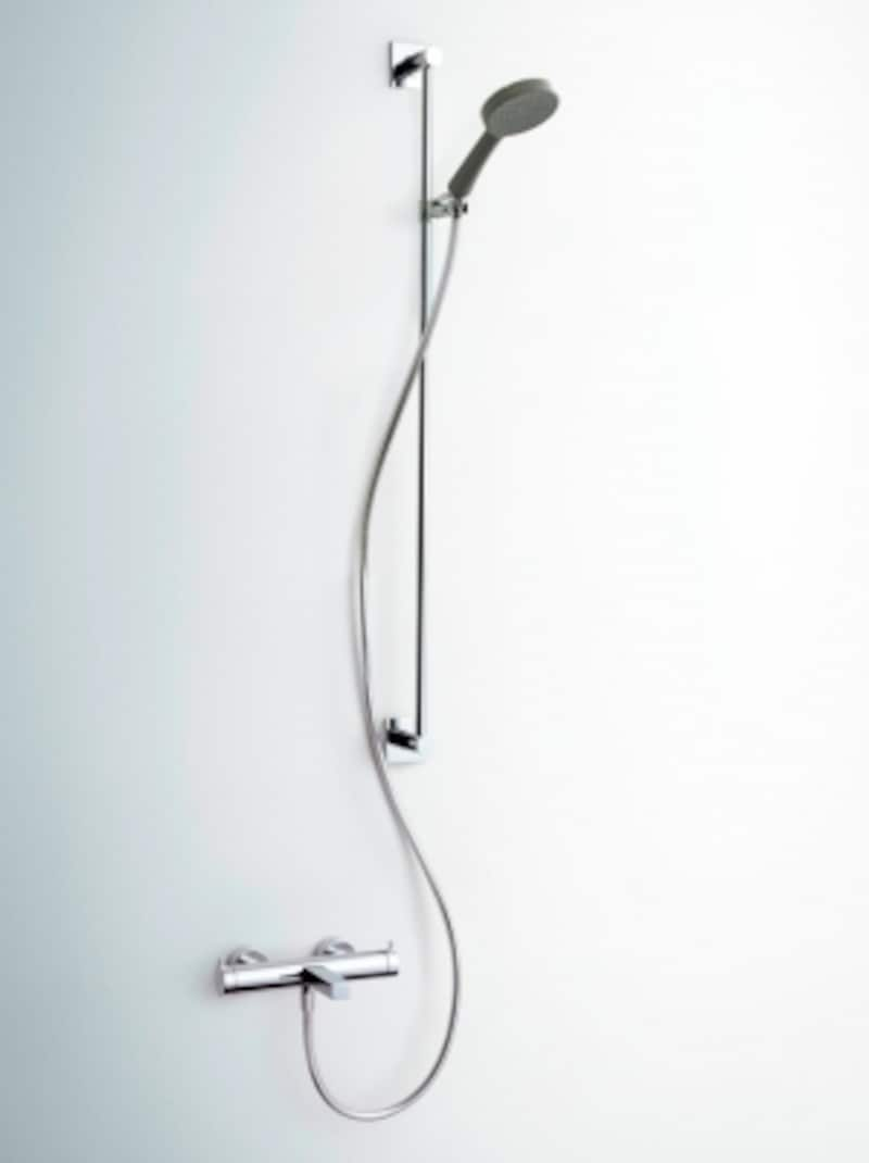 無駄を削ぎ落とした、すっきりとしたデザインはどんな空間にも馴染む。[KW0192503他undefinedサーモスタット式シャワーバス用湯水混合栓]セラトレーディングundefinedhttp://www.cera.co.jp/