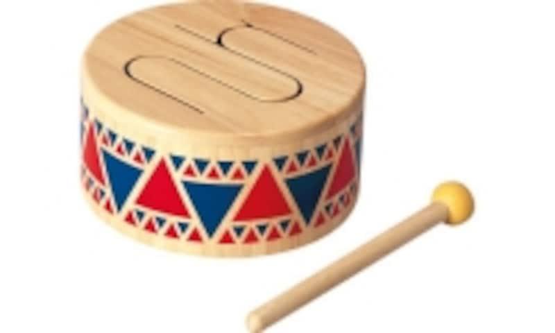 やわらかな音色の木製のドラム