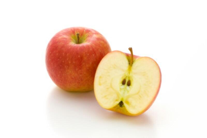 りんごはすりおろしたものでも、市販のジュースでもGOOD!