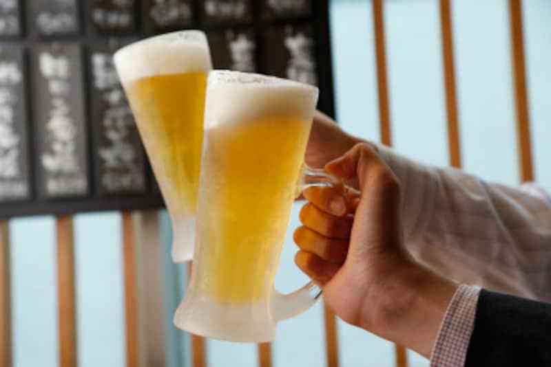 100%の正当性はなくとも、お酒も大事なお仕事……ですよね?