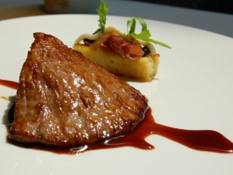 高級レストランでの食事は、日本より弱冠安い