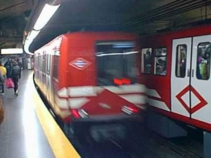 地下鉄もバスも切符は同じものを使う
