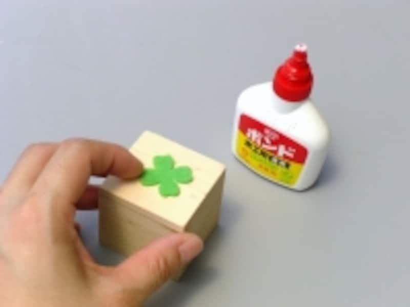 接着剤の塗り過ぎに注意しましょう